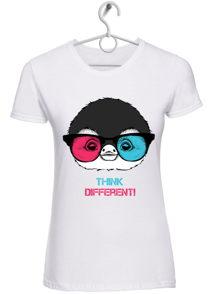 "T-shirt donna ""think different pingu"" bianca"